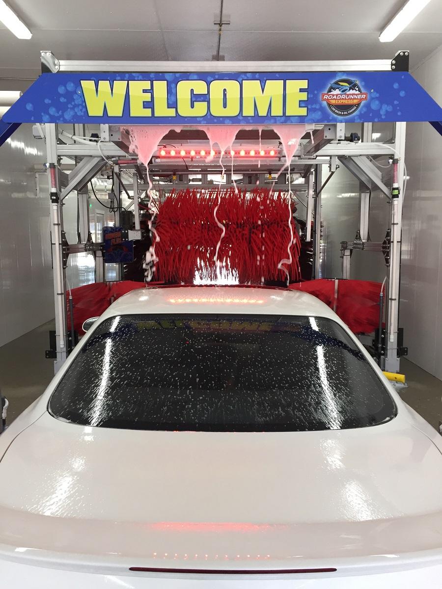 roadrunner_express_car_wash_tunnel_image_2